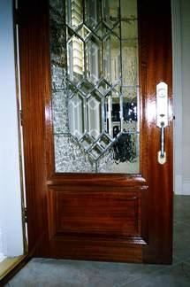 Door R11