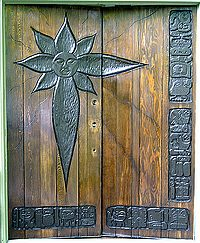 ext-wooddoors-varnished-sml